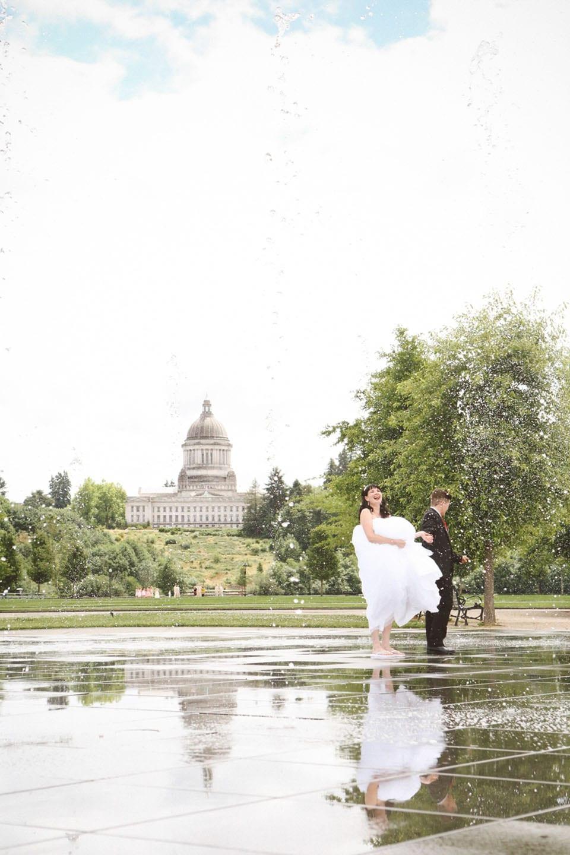 Liz onyxs olympia wa wedding leah moyers photography for Wedding photographers olympia wa
